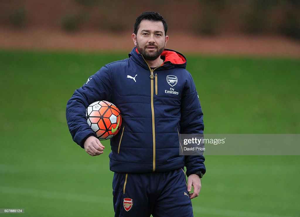 Pedro Martinez Losa the Manager of Arsenal Ladies looks on during the Arsenal Ladies training session at London Colney on January 29, 2016 in St Albans, England.