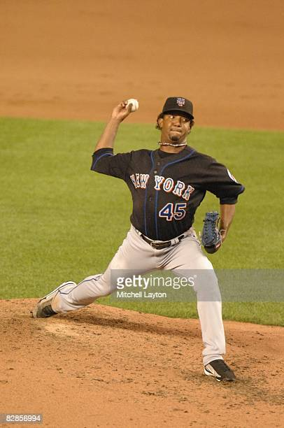 Pedro Martinez of the New York Mets pitches during a baseball game against the Washington Nationals on September 15 2008 at Nationals Park in...