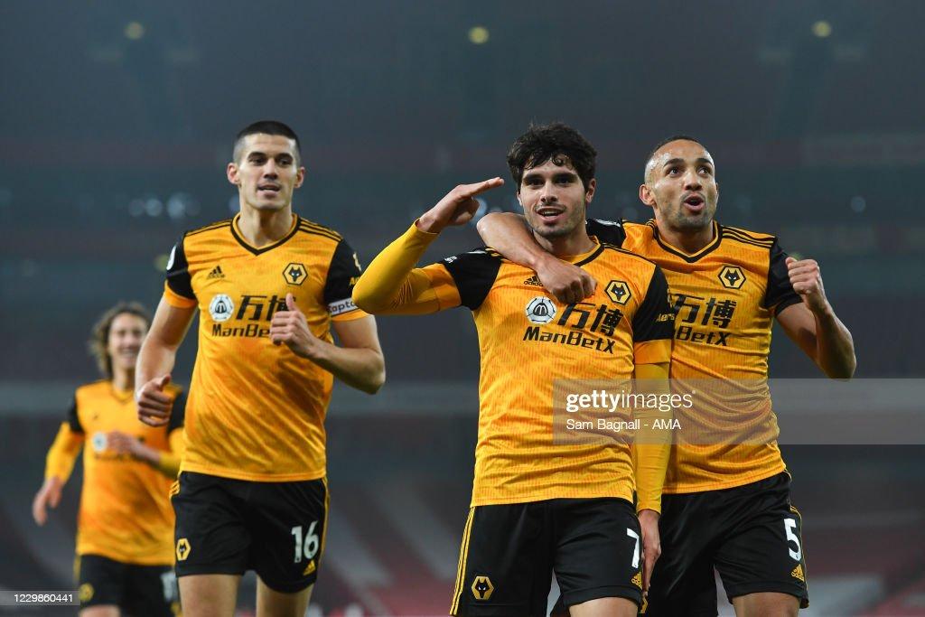 Arsenal v Wolverhampton Wanderers - Premier League : News Photo