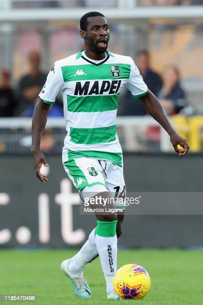 Pedro Obiang of Sassuolo during the Serie A match between US Lecce and US Sassuolo at Stadio Via del Mare on November 3, 2019 in Lecce, Italy.