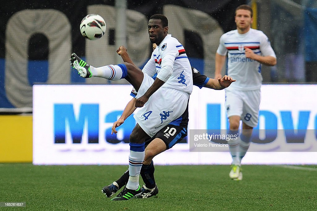 Pedro Obiang of UC Sampdoria in action during the Serie A match between Atalanta BC and UC Sampdoria at Stadio Atleti Azzurri d'Italia on March 30, 2013 in Bergamo, Italy.