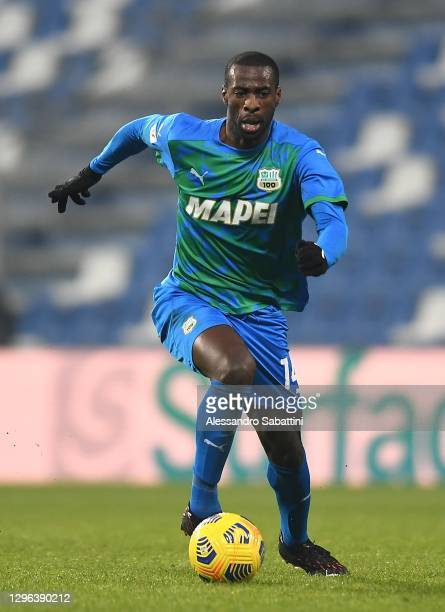 Pedro Obiang of US Sassuolo in action during the Coppa Italia match between US Sassuolo and SPAL at Mapei Stadium - Citta' del Tricolore on January...