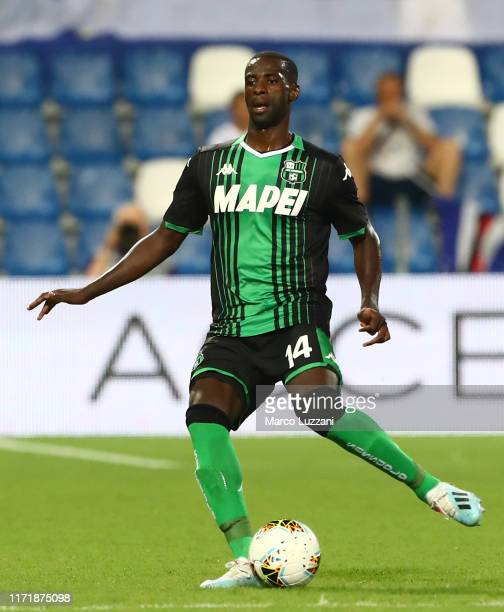 Pedro Obiang of US Sassuolo in action during the Serie A match between US Sassuolo and UC Sampdoria at Mapei Stadium - Città del Tricolore on...