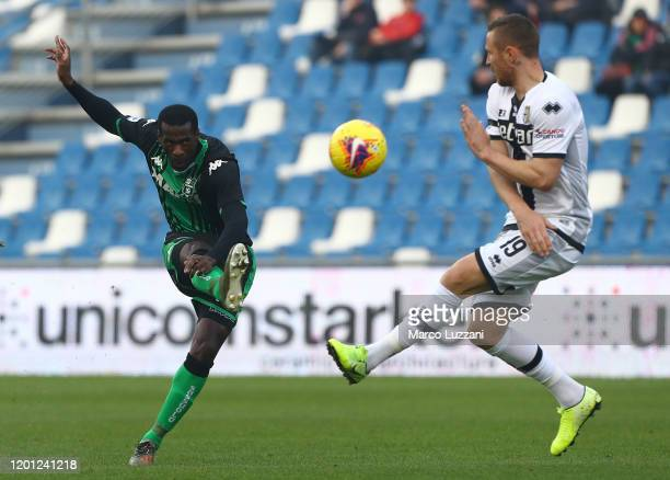 Pedro Obiang of US Sassuolo kicks a ball during the Serie A match between US Sassuolo and Parma Calcio at Mapei Stadium - Citta del Tricolore on...