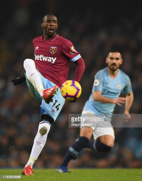 Pedro Obiang of West Ham United controls the ball during the Premier League match between Manchester City and West Ham United at Etihad Stadium on...