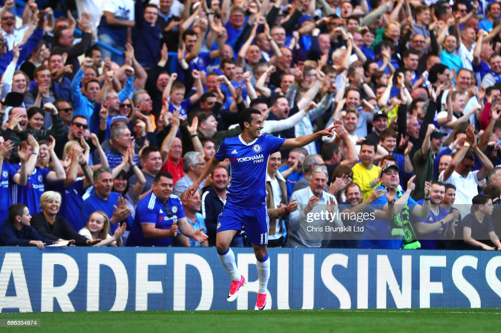 Pedro of Chelsea celebrates scoring his side's third goal during the Premier League match between Chelsea and Sunderland at Stamford Bridge on May 21, 2017 in London, England.