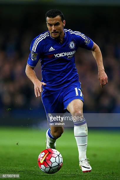 Pedro of Chelsea controls the ball during the Barclays Premier League match between Chelsea and Tottenham Hotspur at Stamford Bridge on May 02 2016...