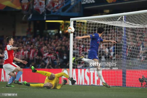 Pedro of Chelsea scores a goal to make it 10 during the UEFA Europa League Quarter Final Second Leg match between Chelsea and Slavia Praha at...