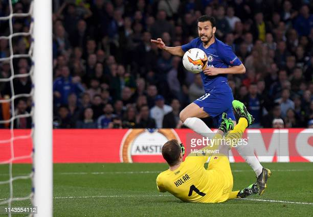 Pedro of Chelsea scores his sides first goal during the UEFA Europa League Quarter Final Second Leg match between Chelsea and Slavia Praha at...