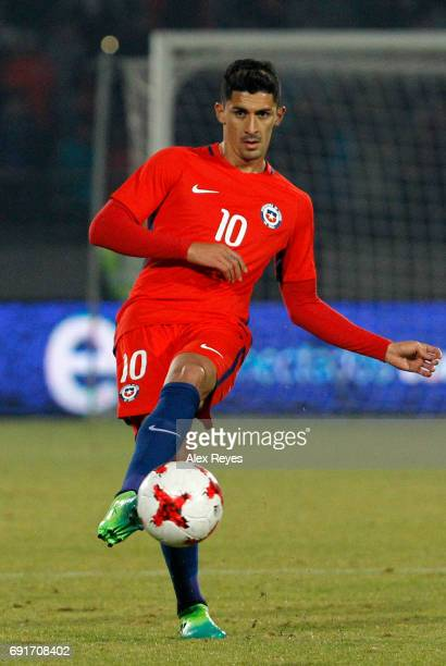 Pedro Pablo Hernandez of Chile passes the ball during a match between Chile and Burkina Faso as part of an International Friendly match at Nacional...