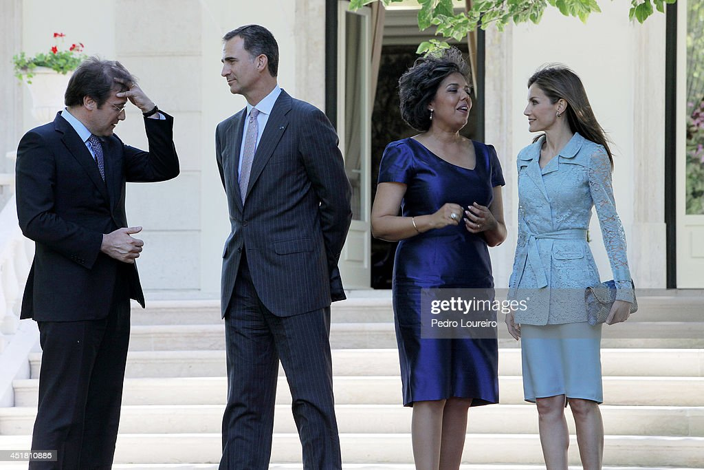 Pedro Passos Coelho, King Felipe VI of Spain, Laura Ferreira and queen Letizia of Spain at S Bento palace in Lisbon on July 7, 2014 in Lisbon, Portugal.