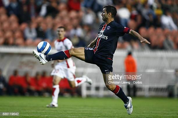 Pedro Pauleta during the Ligue 1 match Paris Saint Germain vs LOSC