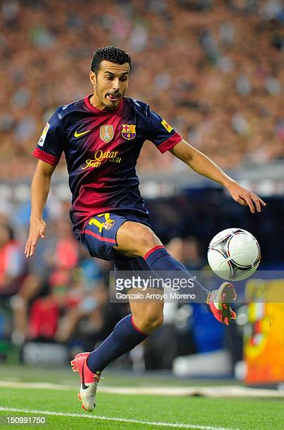 Pedro Rodriguez Ledesma of FC Barcelona controls the ball during the Supercopa second leg match between Real Madrid and Barcelona at Estadio Santiago...