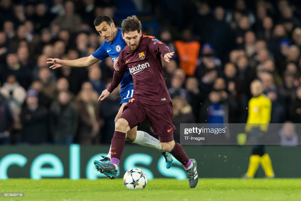 Chelsea FC v FC Barcelona - UEFA Champions League Round of 16: First Leg : News Photo