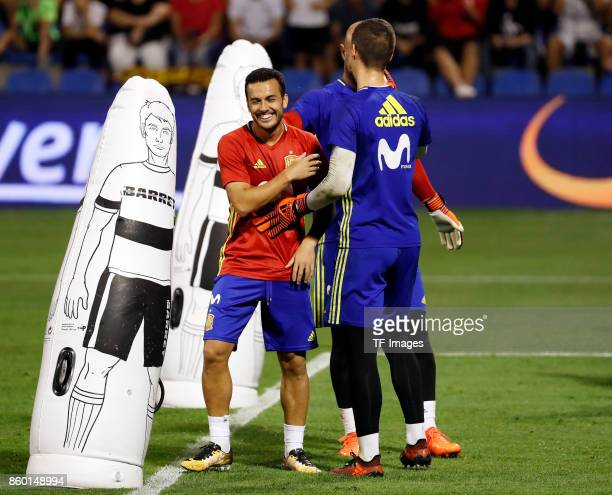 Pedro Rodriguez of Spain Kepa of Spain and David De Gea of Spain attends a training session on October 5 2017 in Alicante Spain