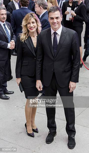 Pedro Sanchez and wife Begona Gomez attend the dinner for the 40th anniversay of 'El Pais' newspaper and the ceremony of 'Ortega y Gasset' Journalism...