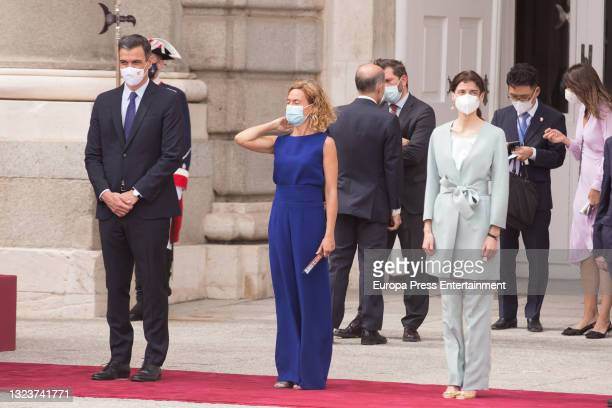 Pedro Sanchez, Meritxell Batet and Pilar Llope during the reception of the President of the Republic of Korea, Moon Jae-in, and his wife, Kim...