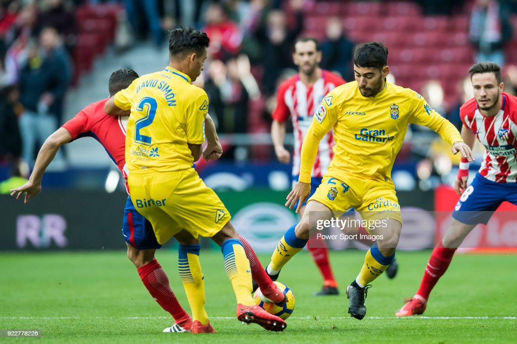 Pedro Tanausu Dominguez Placeres, Tana (R), of UD Las Palmas fights for the ball with Jorge Resurreccion Merodio, Koke, of Atletico de Madrid during the La Liga 2017-18 match between Atletico de Madrid and UD Las Palmas at Wanda Metropolitano on January 28 2018 in Madrid, Spain.