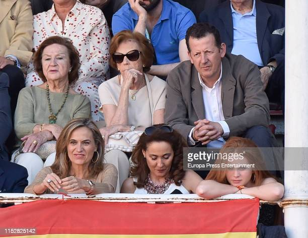 Pedro Trapote Nuria Gonzalez Yolanda Gonzalez and Javier Hidalgo attend the 16th Bullfight of the San Isidro Fair at Las Ventas bullring at Las...