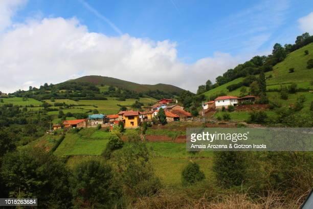 pedroveya. asturias, spain. - pueblo fotografías e imágenes de stock