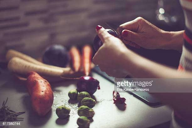 Peeling vegetables