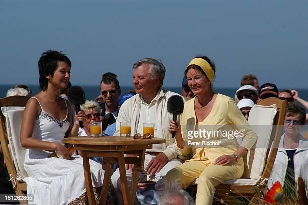 Peer Schmidt Ehefrau Helga Schlack Moderatorin Madeleine Wehle ARD/NDRShowAktuelle Schaubude Nordstrand von Amrum