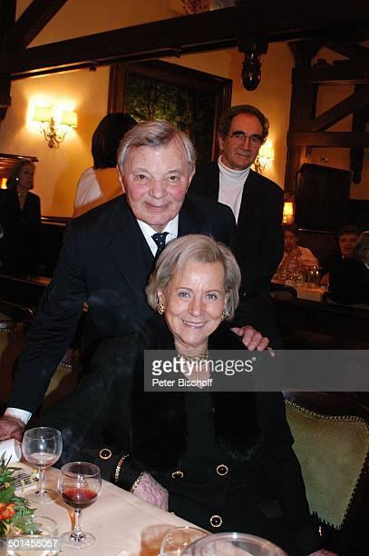 Peer Schmidt Ilse Wendlandt Party zum 80 Geburtstag von P e e r S c h m i d t Restaurant Moorlake Berlin Wannsee Deutschland Europa Geburtstagsfeier...