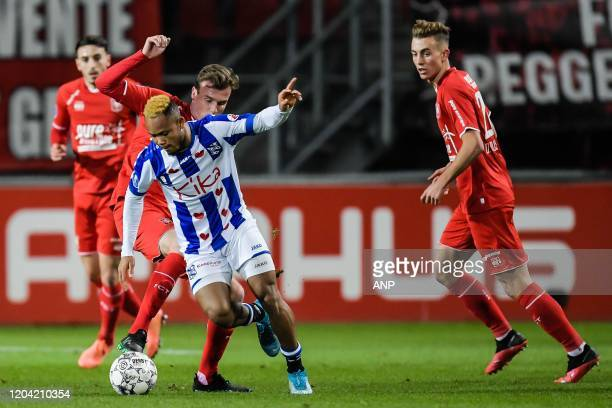 Peet Bijen of FC Twente Chidera Ejuke of sc Heerenveen Oriol Busquets of FC Twente during the Dutch Eredivisie match between FC Twente Enschede and...