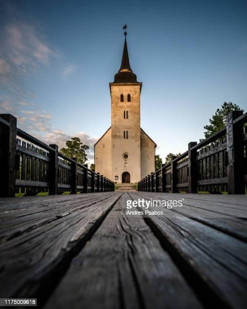 peetri church in viljandi, estonia - estonia fotografías e imágenes de stock