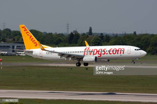 Pegasus Airlines Boeing 737-800 about to land at Dusseldorf airport.