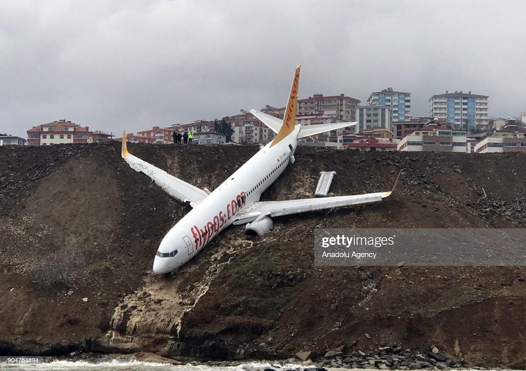 Passenger plane skids off runway in Turkey's Trabzon Airport : News Photo