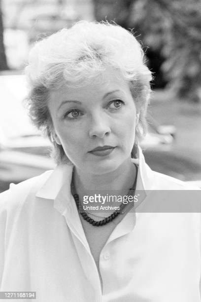 Peggy hat Angst BRD 1983 / Wolfgang Becker KARIN ANSELM als Kommissarin Wiegand / Überschrift: TATORT / BRD 1983.