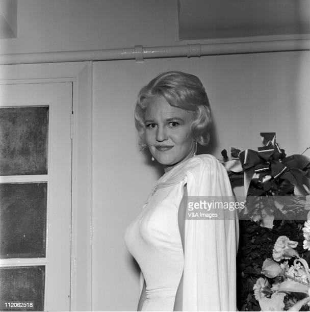 Peggy Lee posed backstage 1961