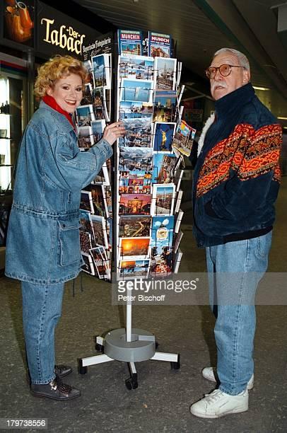 Peggy March mit Ehemann Arnie HarrisMünchen StadtbummelPostkarten