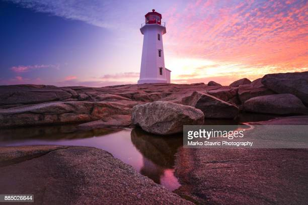 peggy's lighthouse - halifax nova scotia stock pictures, royalty-free photos & images