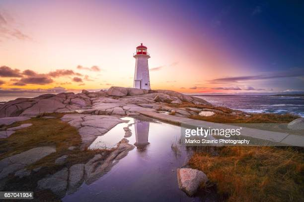 peggys point lighthouse nova scotia - atlantic ocean stock pictures, royalty-free photos & images