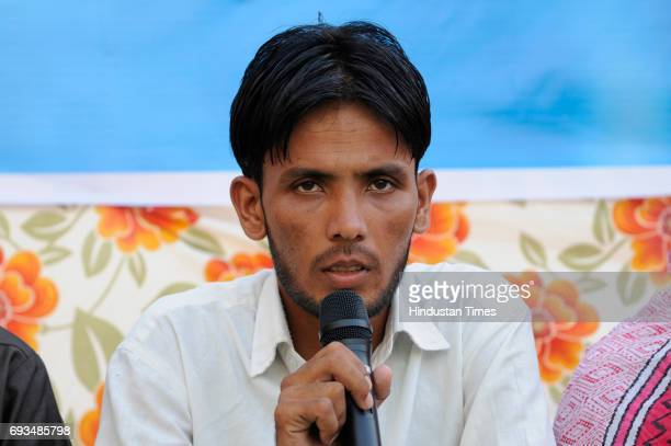 Pehlu Khan's relative speaks during an Iftar gettogether at Students Islamic Organisation of India on June 7 2017 in New Delhi India Pehlu Khan's son...