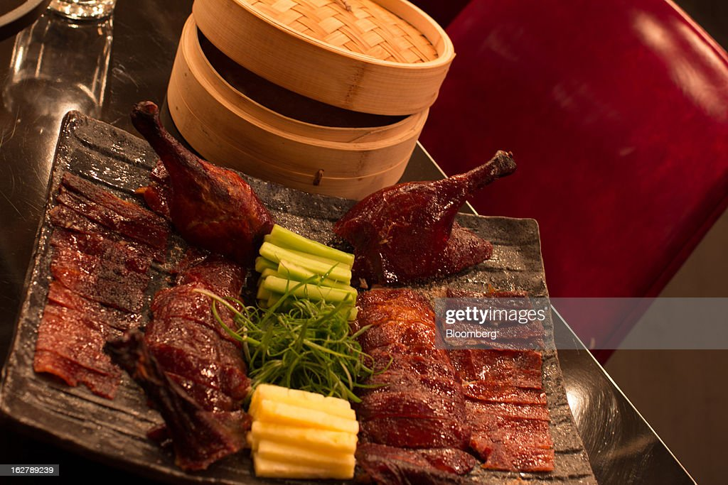 The General Serves $69 Peking Duck, Tso's Chicken: Ryan Sutton : News Photo