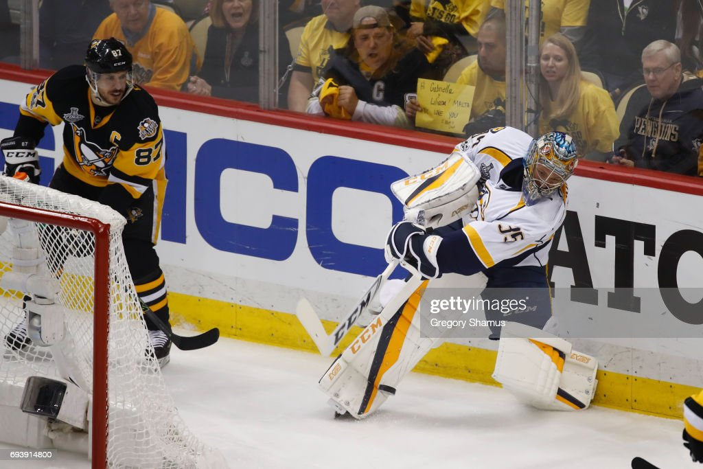 2017 NHL Stanley Cup Final - Game Five : News Photo