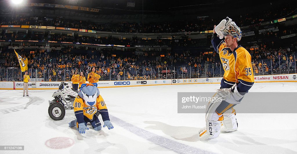 Pekka Rinne #35 of the Nashville Predators waves to the fans as First Star of the game against the Boston Bruins during an NHL game at Bridgestone Arena on February 18, 2016 in Nashville, Tennessee.