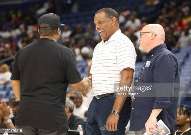 Pelicans head coach Alvin Gentry shakes hands with Ice Cube during the BIG3 Playoffs at Smoothie King Center on August 25, 2019 in New Orleans,...