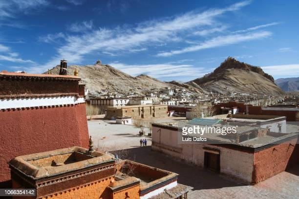 pelkor chode monastery, gyantse - chode picture stock photos and pictures