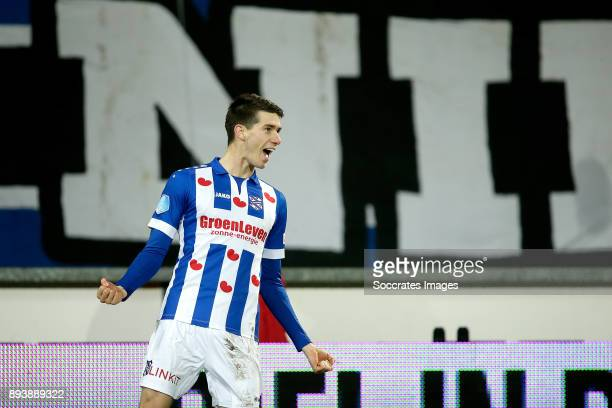 Pelle van Amersfoort of SC Heerenveen celebrates 10 during the Dutch Eredivisie match between SC Heerenveen v NAC Breda at the Abe Lenstra Stadium on...