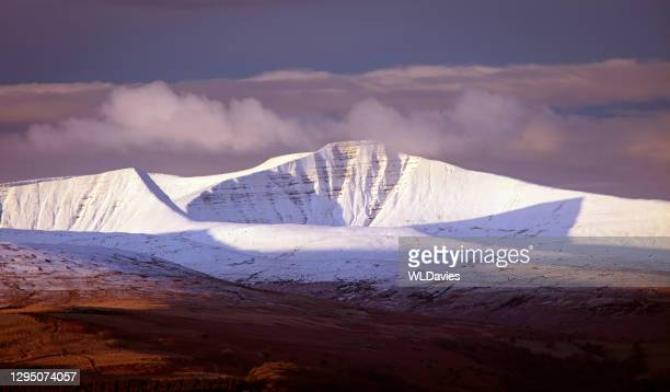 pen y fan - south wales stock pictures, royalty-free photos & images
