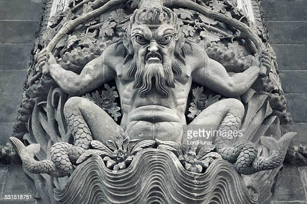 pena palacio nacional escultura de pared - sintra fotografías e imágenes de stock