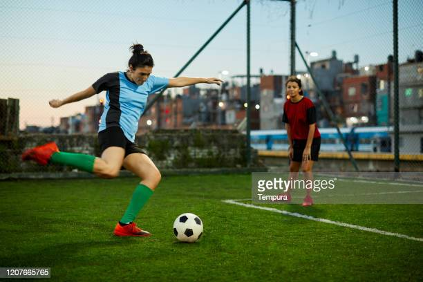 penalty kick - soccer competition stock pictures, royalty-free photos & images