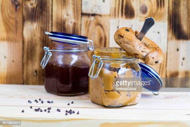 Penaut butter and blueberry jam bagel