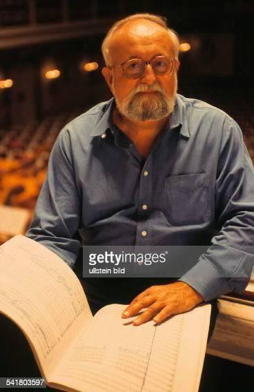 Penderecki Krzysztof *Komponist Dirigent PL Portrait mit Notenbuch im Konzerthaus Berlin