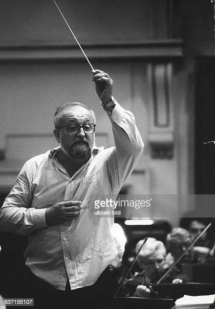 Penderecki Krzysztof Composer conductor Poland conducting
