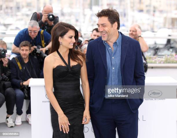 """Penelope Cruz and Javier Bardem attend the photocall for """"Everybody Knows """" during the 71st annual Cannes Film Festival at Palais des Festivals on..."""